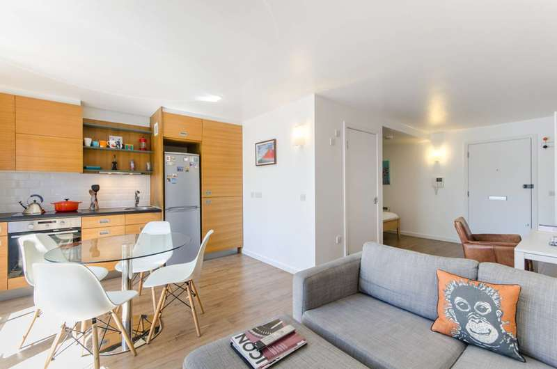 Studio Flat for sale in Deals Gateway, Deptford, SE13