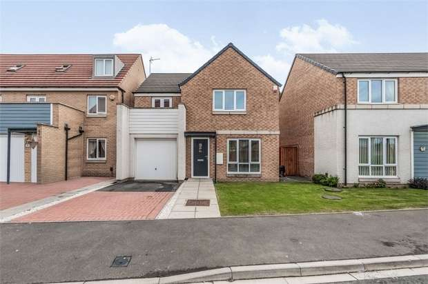 4 Bedrooms Detached House for sale in Deepdale Avenue, Stockton-on-Tees, Durham