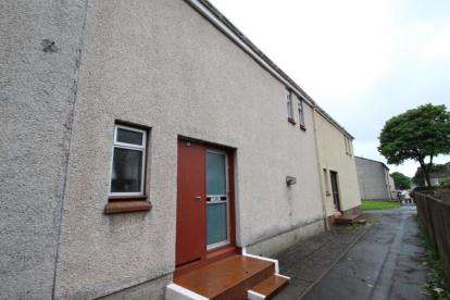 3 Bedrooms Terraced House for sale in Lauder Court, Kilmarnock, East Ayrshire