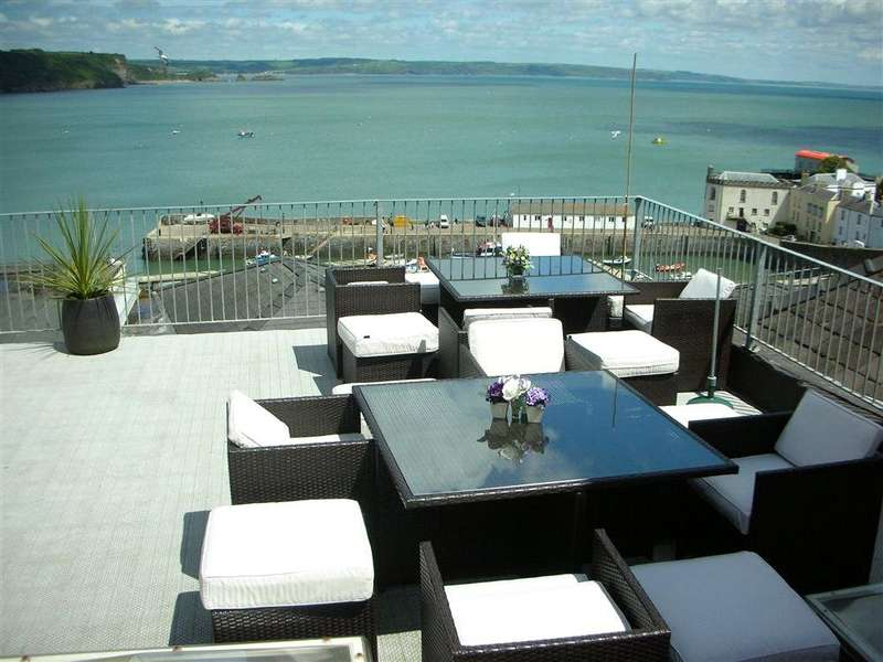 5 Bedrooms Maisonette Flat for sale in Tiffany House, Tudor Square, Tenby, Pembrokeshire