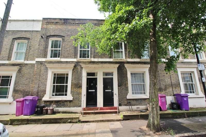 1 Bedroom Flat for sale in Argyle Road, London, London, E1