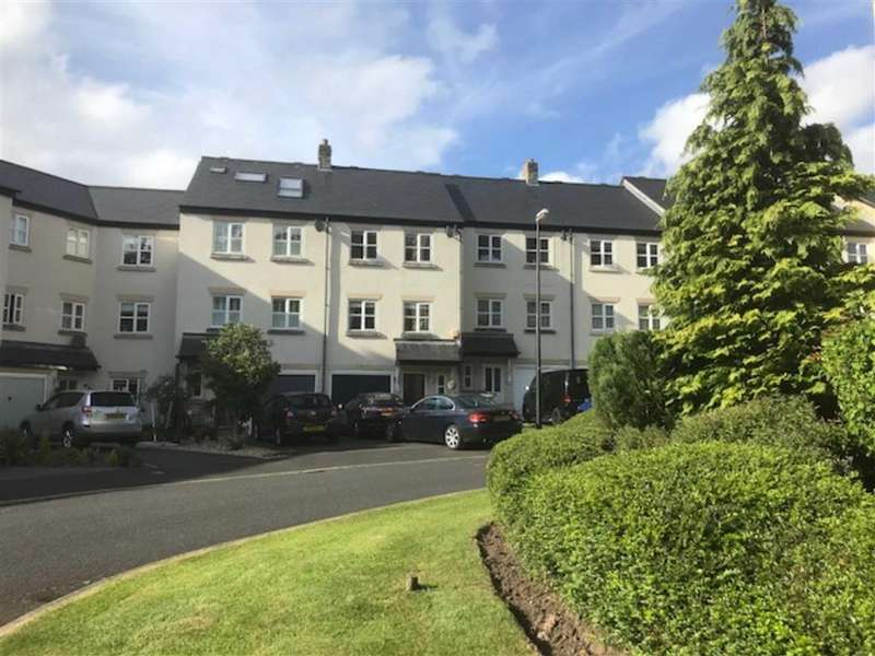 4 Bedrooms Town House for sale in Dyers Court, Bollington, Cheshire