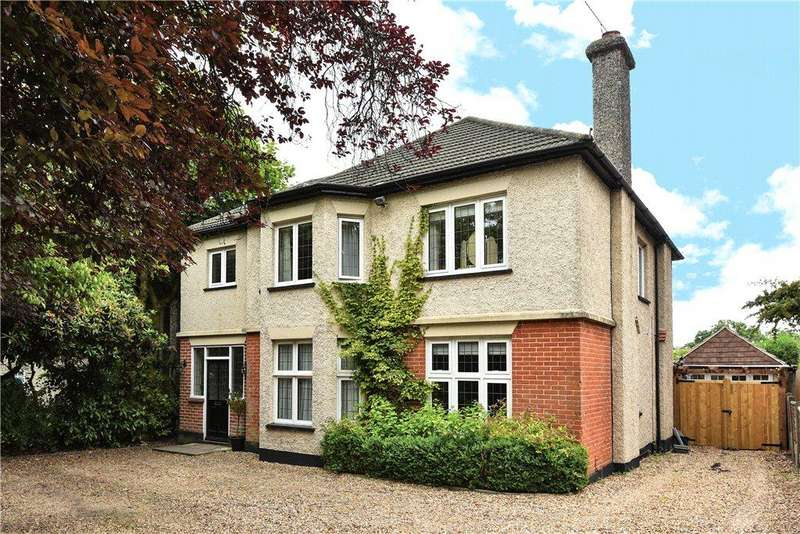 4 Bedrooms Detached House for sale in The Avenue, Camberley, Surrey, GU15