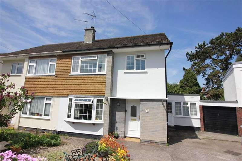 3 Bedrooms House for sale in Farne Close, Henleaze, Bristol