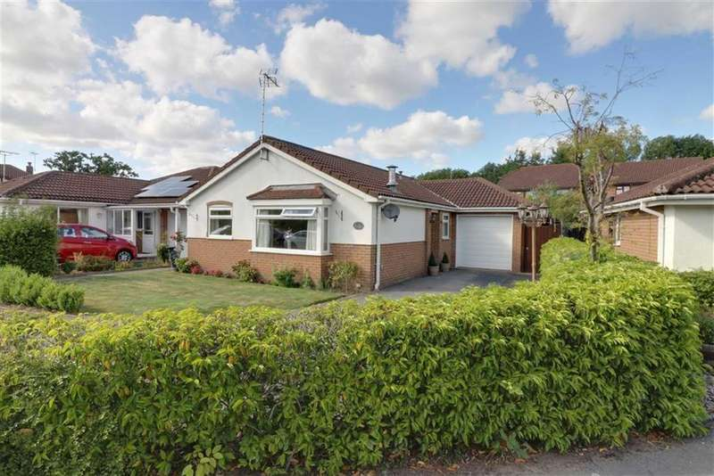 3 Bedrooms Detached Bungalow for sale in Redshank Ave, Winsford, Cheshire