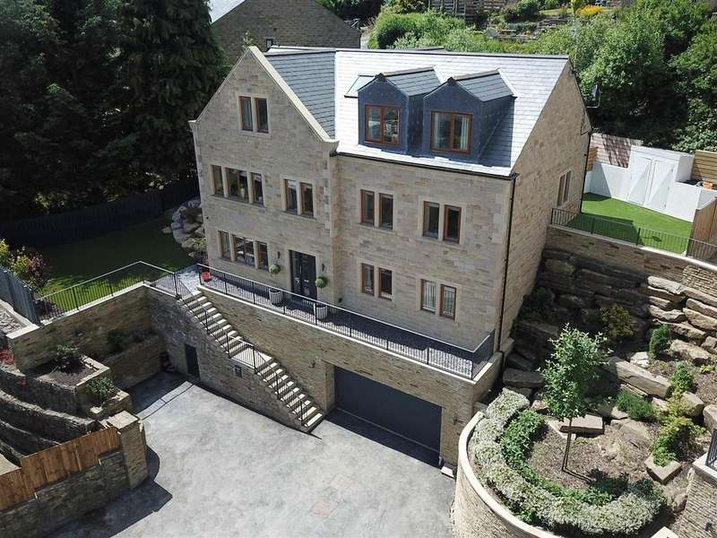 5 Bedrooms Detached House for sale in 15 Excelsior Close, Ripponden, HX6 4DD