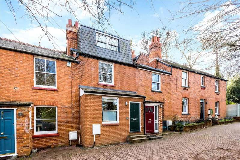 3 Bedrooms Unique Property for sale in Truss Hill Road, Sunninghill, Berkshire, SL5