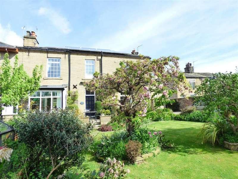 4 Bedrooms Semi Detached House for sale in Baker Street, Undercliffe, Bradford, BD2
