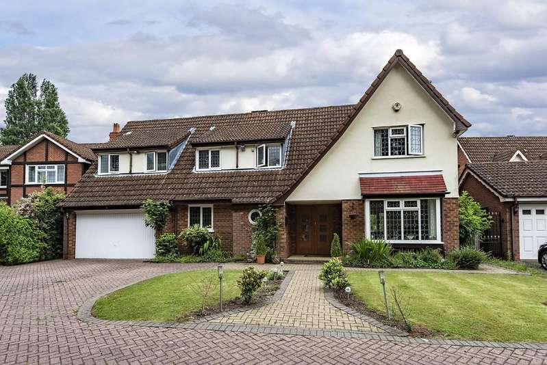5 Bedrooms Detached House for sale in Cheveridge Close, Solihull