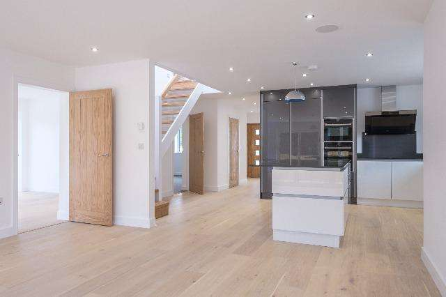 5 Bedrooms House for sale in No. 3 Tregaross, Rock Road, Rock