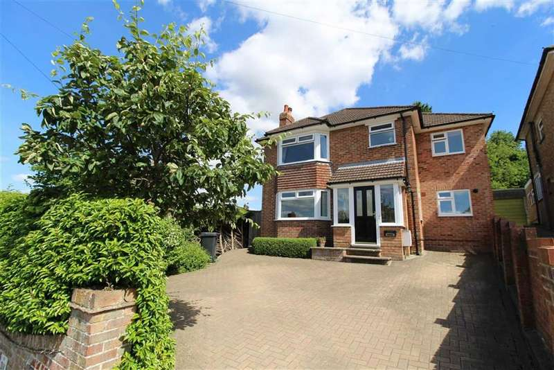 4 Bedrooms Detached House for sale in Grosvenor Road, Old Town, Swindon