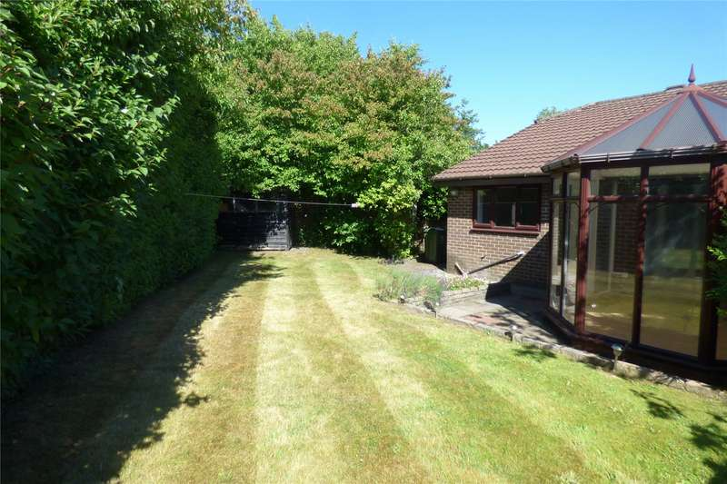 3 Bedrooms Detached Bungalow for sale in Tulip Close, Firwood Park, Chadderton, Oldham, OL9