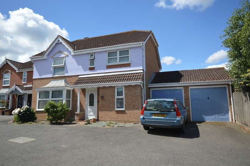 4 Bedrooms Detached House for sale in Crown Meadow, Braintree, CM7