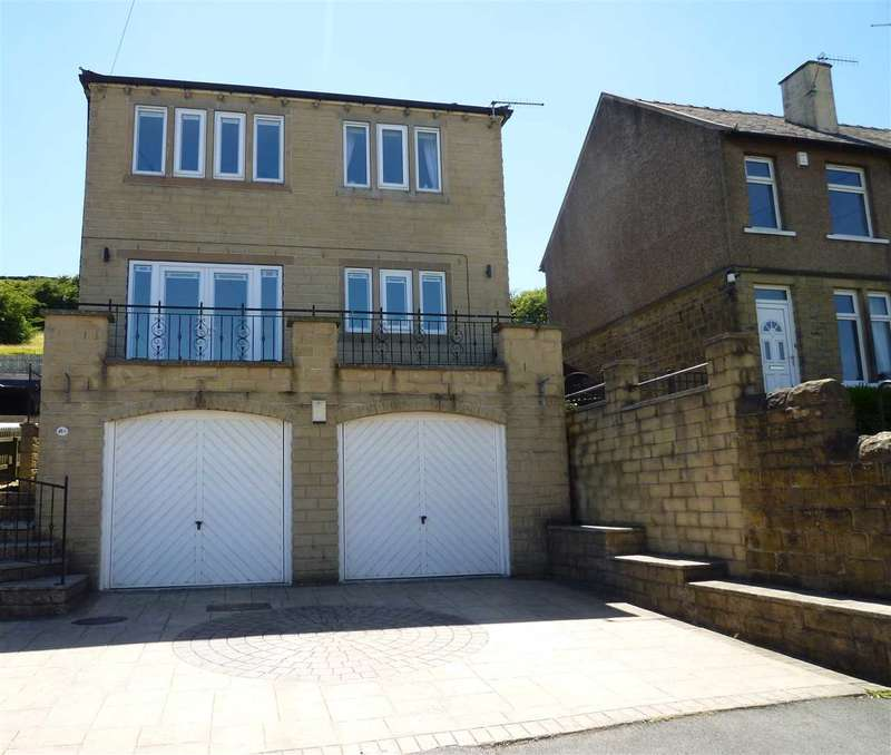 4 Bedrooms Detached House for sale in Banks Road, Linthwaite, Huddersfield