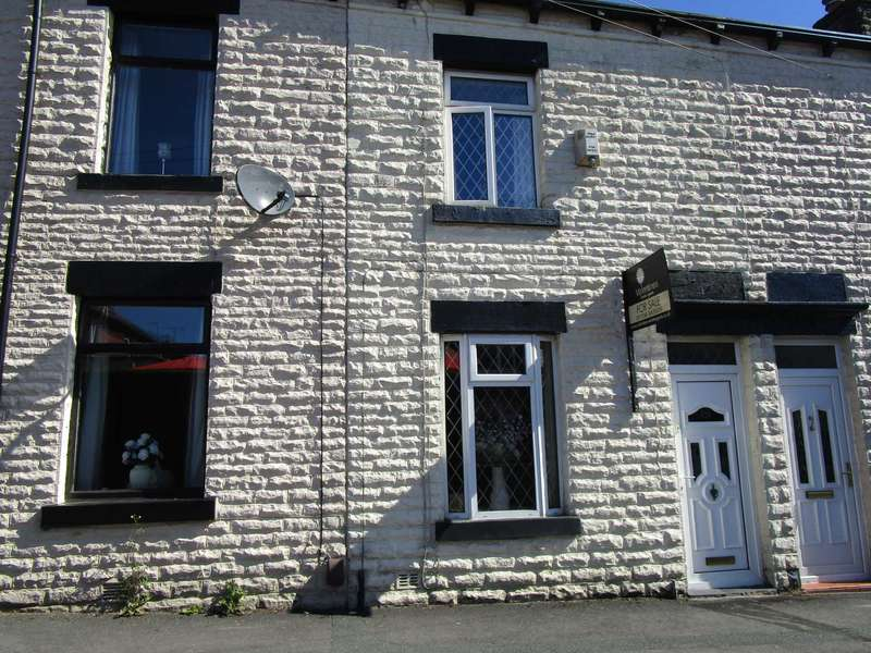 2 Bedrooms Terraced House for sale in Alison Street, Shaw