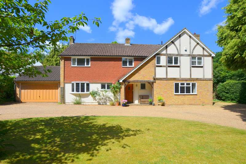 5 Bedrooms Detached House for sale in West Clandon