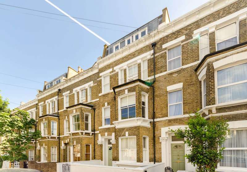 3 Bedrooms Flat for sale in Rush Hill Road, Clapham Common North Side, SW11