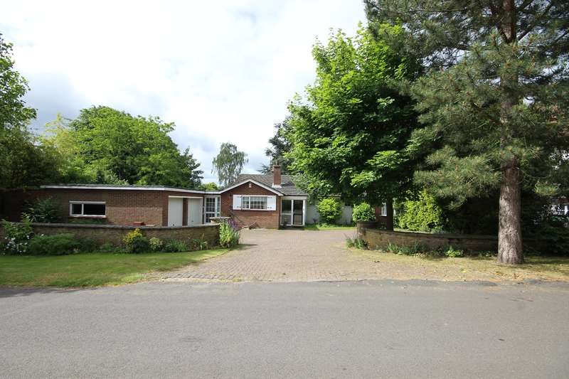 3 Bedrooms Bungalow for sale in The Avenue, Ampthill, Bedfordshire, MK45