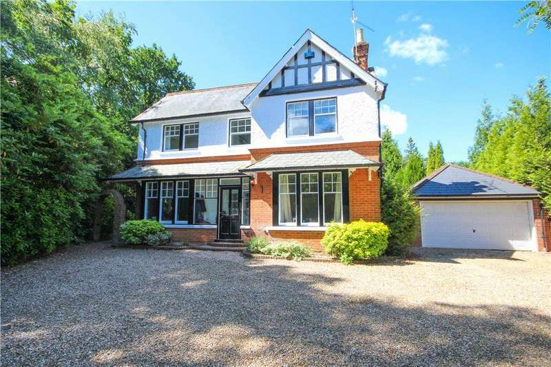 4 Bedrooms Detached House for sale in Reading Road South, Church Crookham, GU52