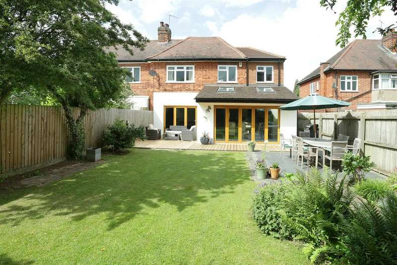 4 Bedrooms Semi Detached House for sale in Hinckley Road, Western Park