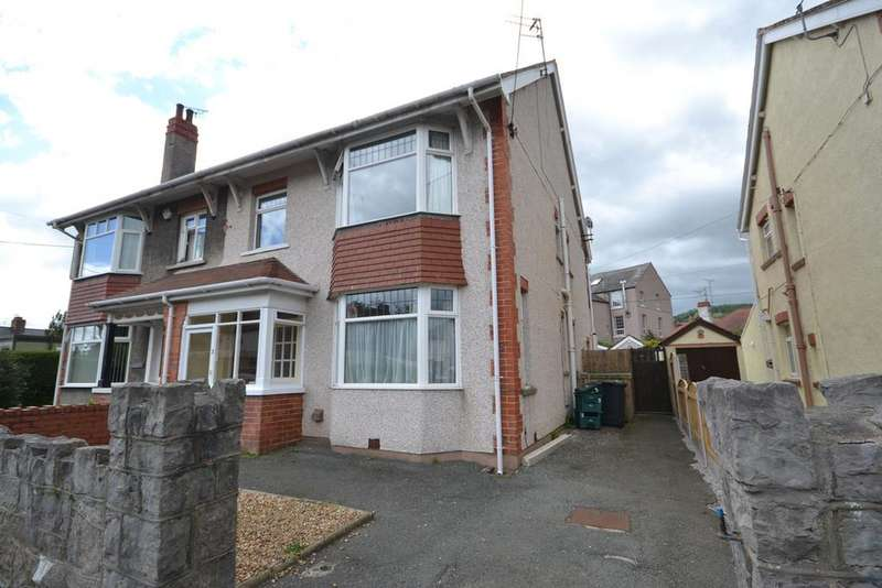 4 Bedrooms Semi Detached House for sale in Kinmel Avenue, Abergele, Conwy, LL22