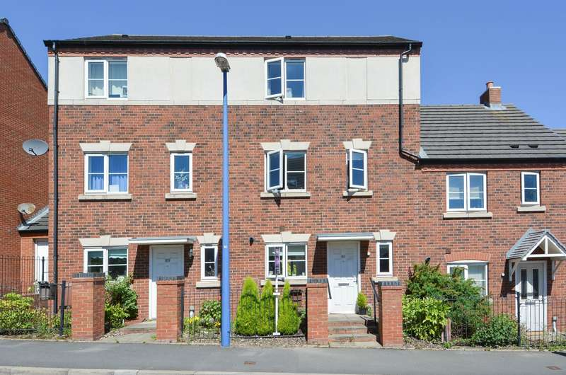 3 Bedrooms Town House for sale in Kinsey Road, Smethwick, B66