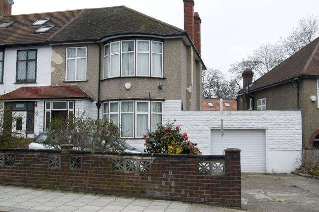 3 Bedrooms End Of Terrace House for sale in Ravensbourne Park, Catford SE6