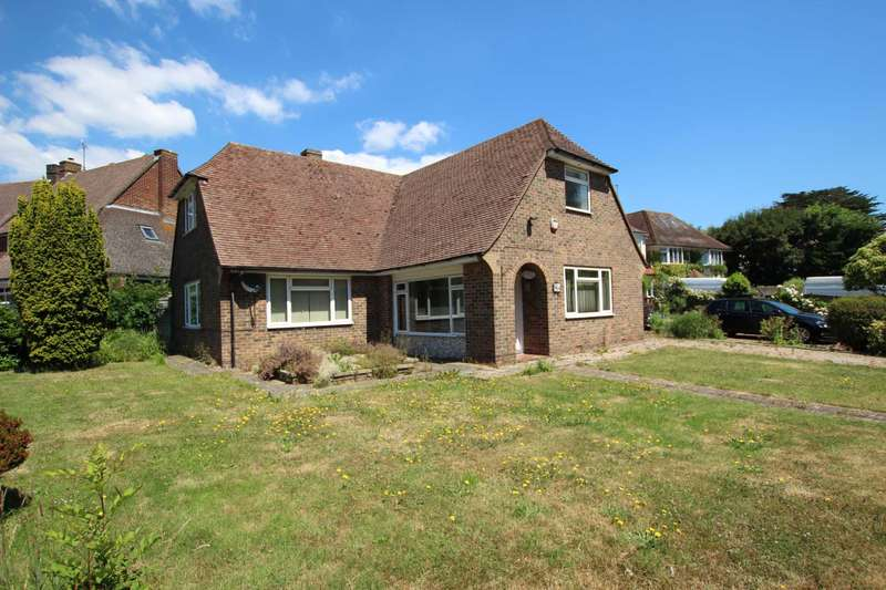 4 Bedrooms Detached House for sale in Decoy Drive, Eastbourne, BN22 0AD