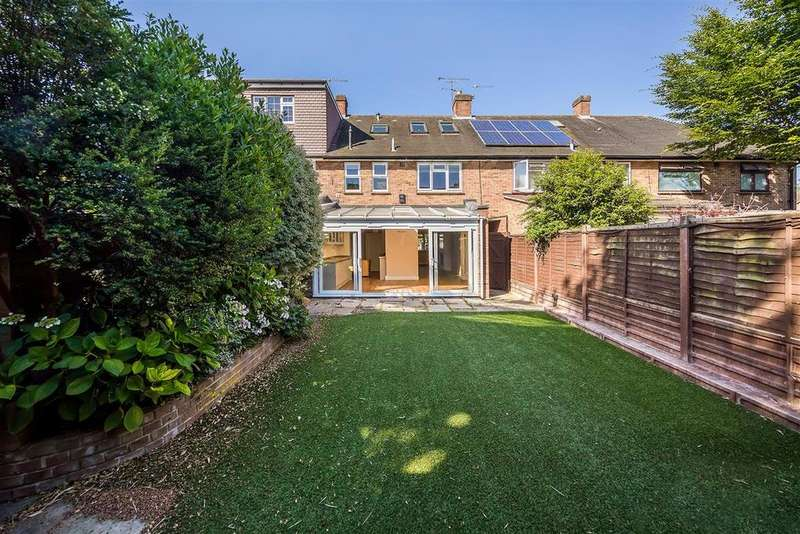 4 Bedrooms Terraced House for sale in Buttermere Drive, SW15
