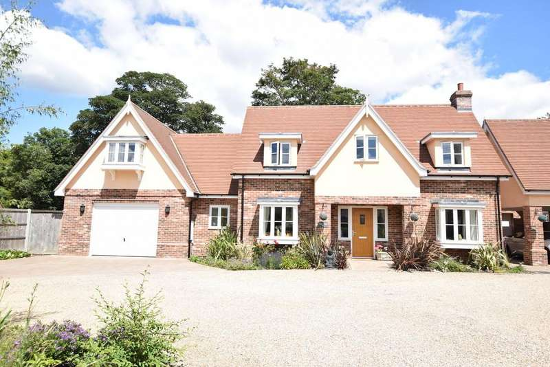 5 Bedrooms Detached House for sale in Colchester Road, St. Osyth, CO16 8HB