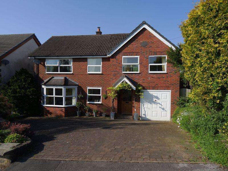 4 Bedrooms Detached House for sale in Stoneyfold Lane, Macclesfield
