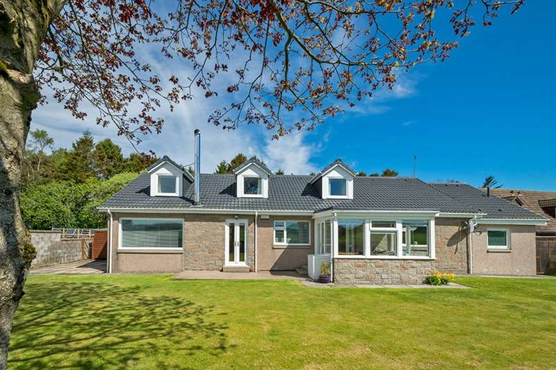 5 Bedrooms Detached House for sale in Burnhead of Blairs, Aberdeen, Aberdeenshire, AB12