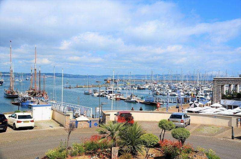 2 Bedrooms Apartment Flat for sale in MOORINGS REACH BRIXHAM