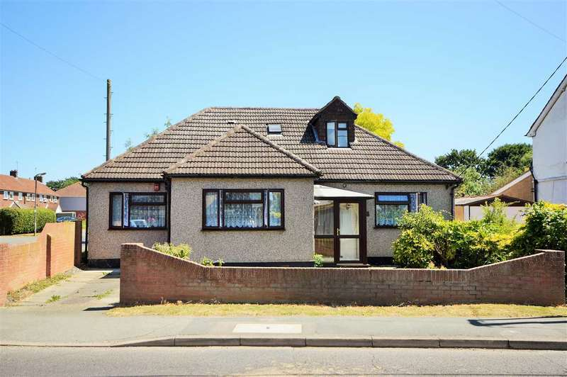 4 Bedrooms Detached Bungalow for sale in Swan Lane, Wickford