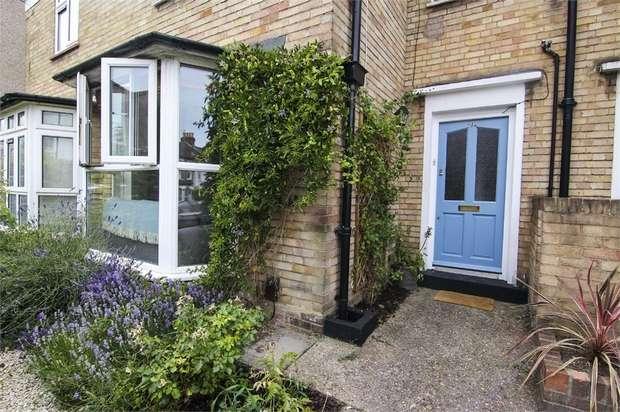 2 Bedrooms Terraced House for sale in Maynard Road, Walthamstow, London