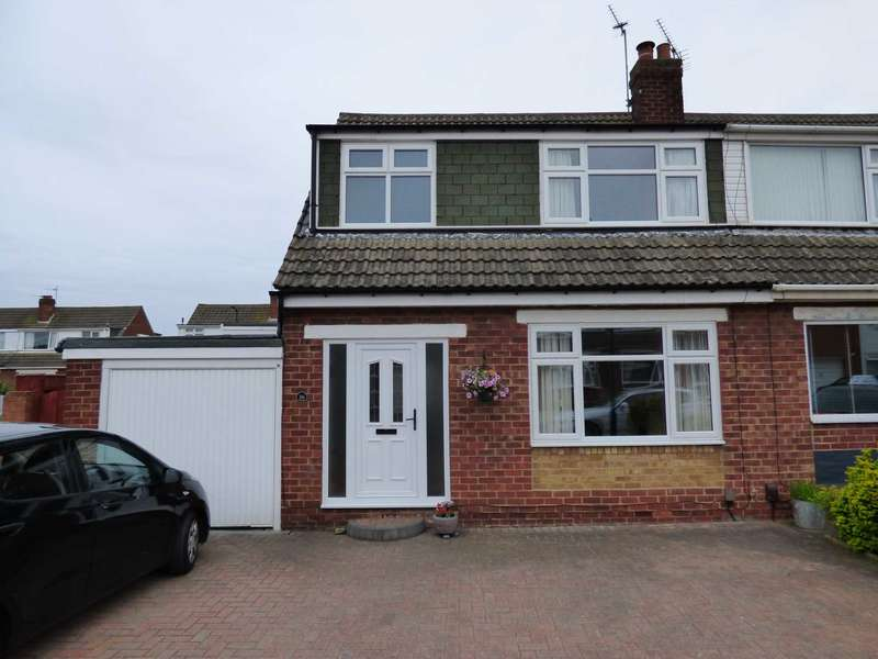 3 Bedrooms Semi Detached House for sale in Woodford Close, Marske By The Sea