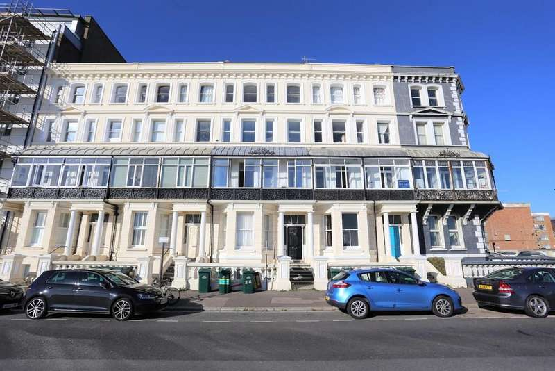 2 Bedrooms Apartment Flat for sale in Kingsway, Hove