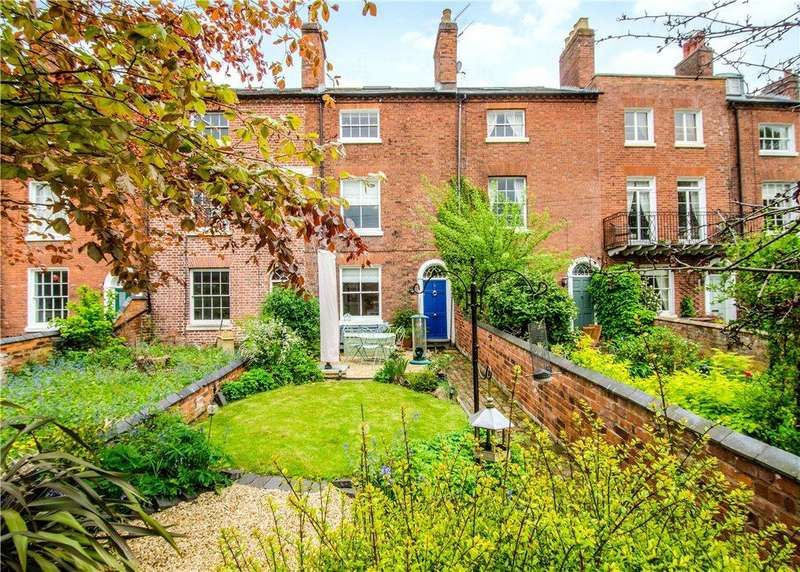 4 Bedrooms Terraced House for sale in Severn Terrace, Worcester, Worcestershire, WR1