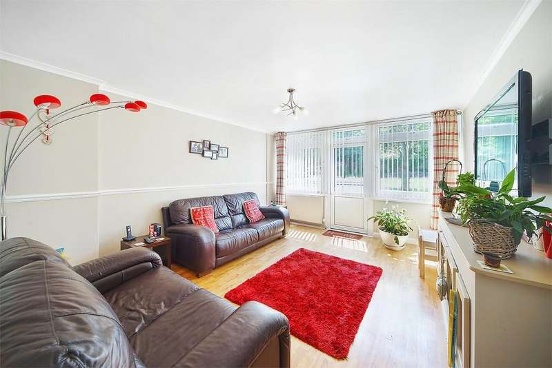 2 Bedrooms Flat for sale in Bell House, Ainsworth Close, Neasden