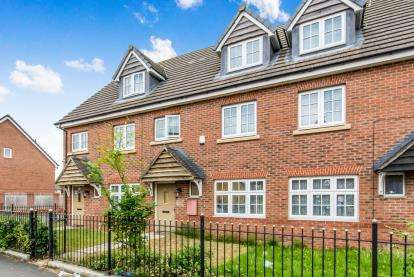 3 Bedrooms Terraced House for sale in Kenyon Lane, Manchester, Greater Manchester