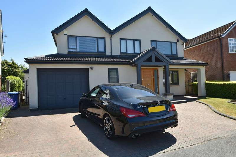 4 Bedrooms Detached House for sale in Wentworth Avenue, Whitefield, Manchester, M45