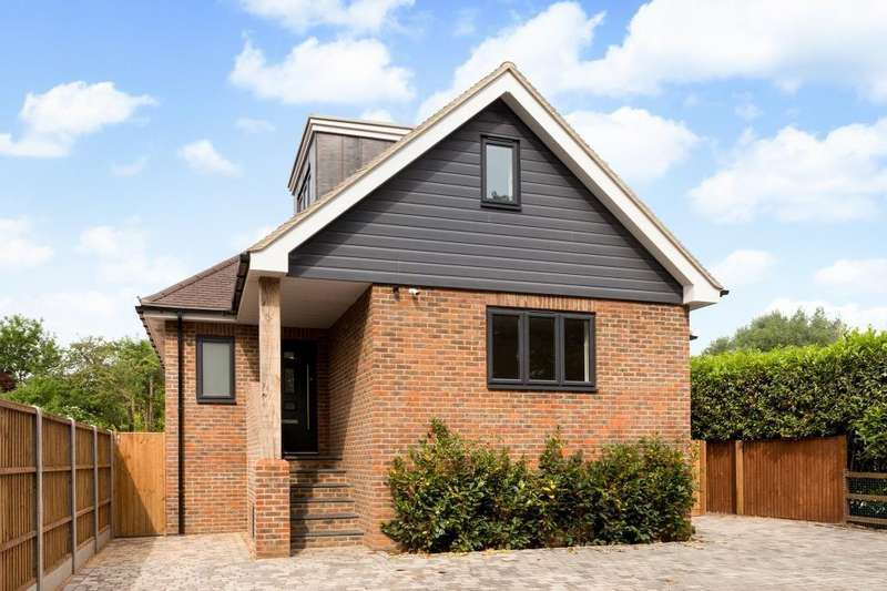 4 Bedrooms House for sale in Ferry Lane, Shepperton, TW17