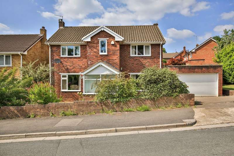 4 Bedrooms Detached House for sale in Winnipeg Drive, Lakeside, Cardiff