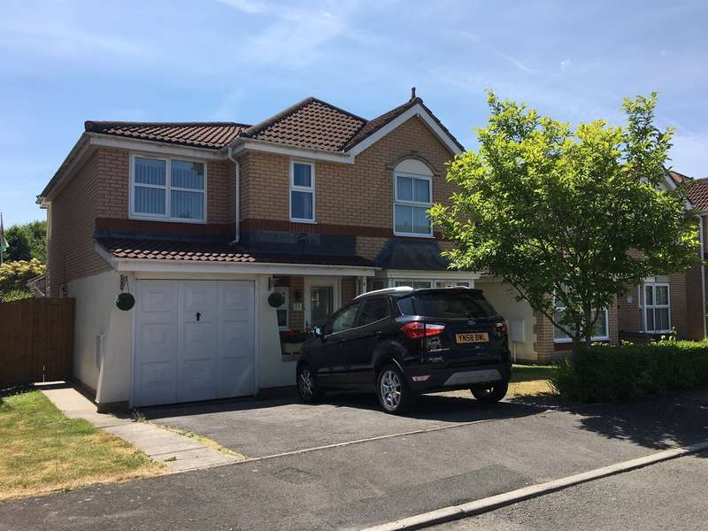5 Bedrooms Detached House for sale in St Joseph Place, Llantarnam, Cwmbran