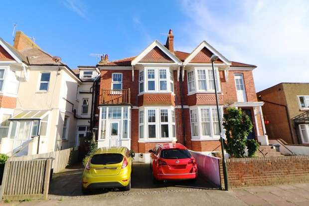 5 Bedrooms Terraced House for sale in 77 Egerton Road, Bexhill-on-Sea, TN39