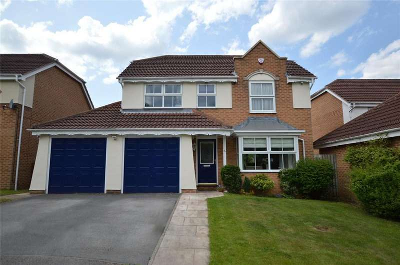 4 Bedrooms Detached House for sale in Flossmore Way, Gildersome, Leeds