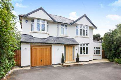 5 Bedrooms Detached House for sale in Knutsford Road, Alderley Edge, Cheshire, Uk