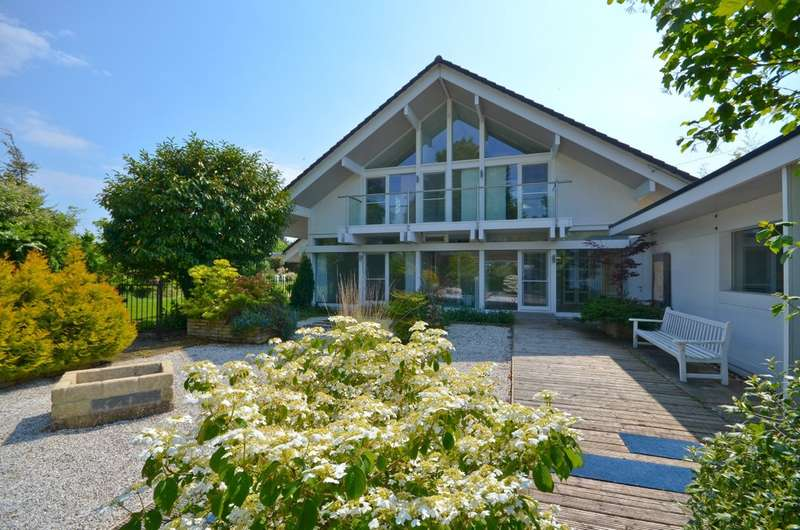 4 Bedrooms Detached House for sale in Branstone, Isle Of Wight
