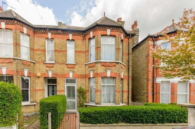 4 Bedrooms Semi Detached House for sale in Selsdon Road, West Norwood, SE27