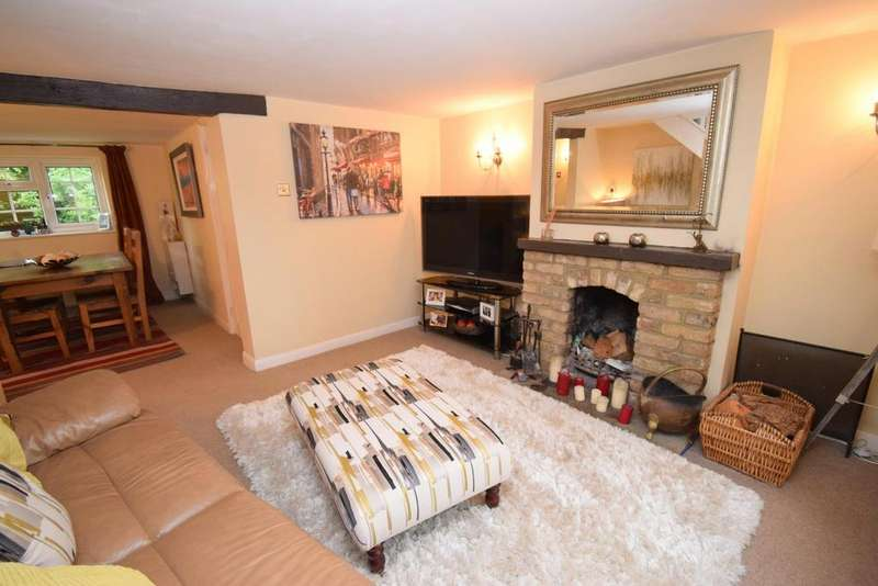 2 Bedrooms Detached House for sale in Gore Road, Burnham, SL1